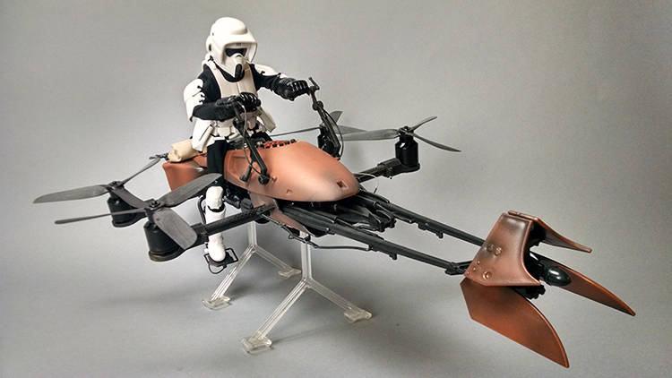 insinyur-google-membuat-remote-control-trooper-dan-speeder-bike-3
